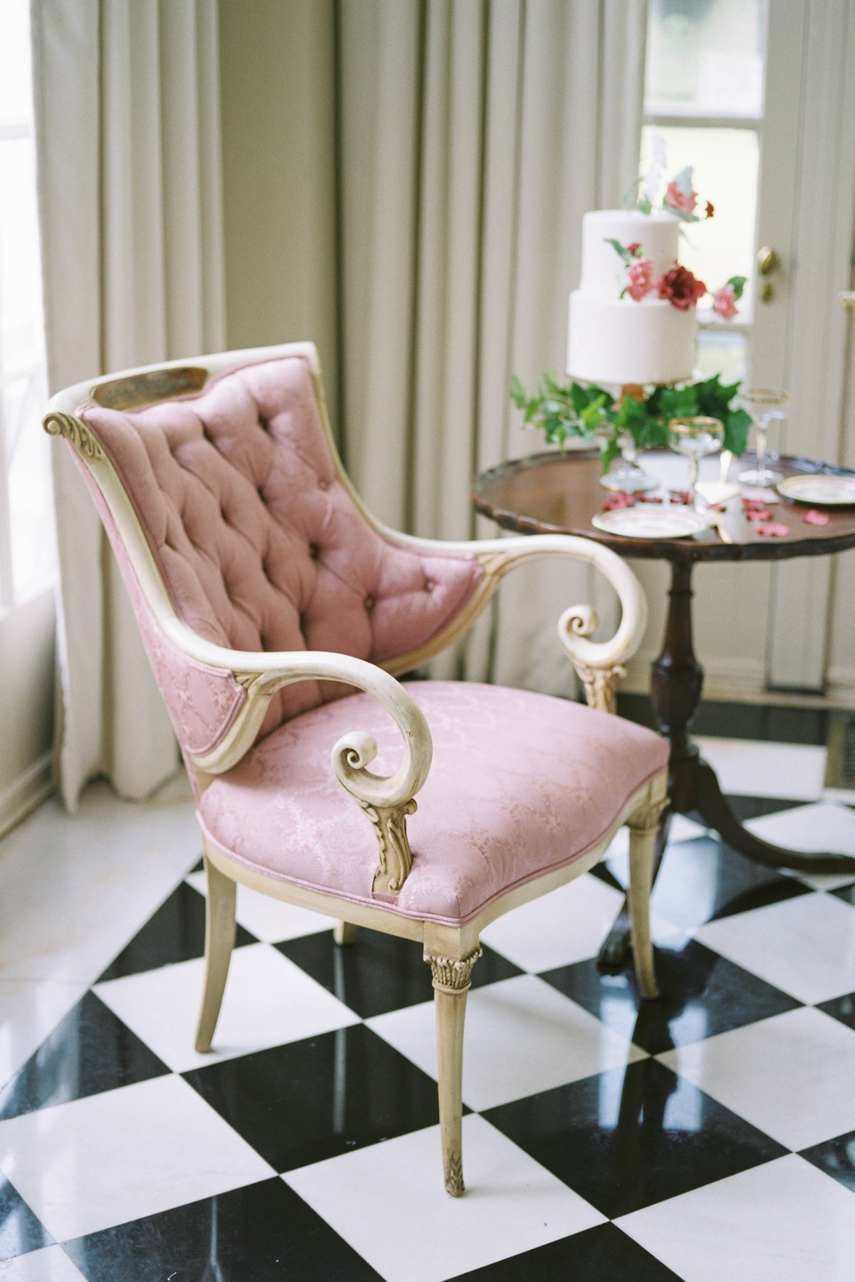 vintage glam chic wedding chairs
