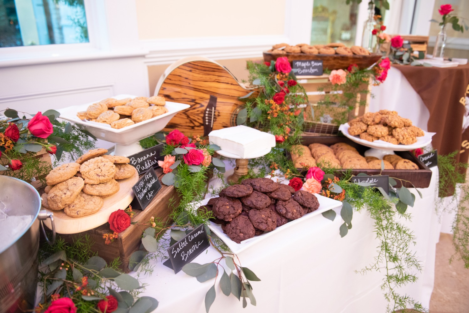 wedding cookie bar