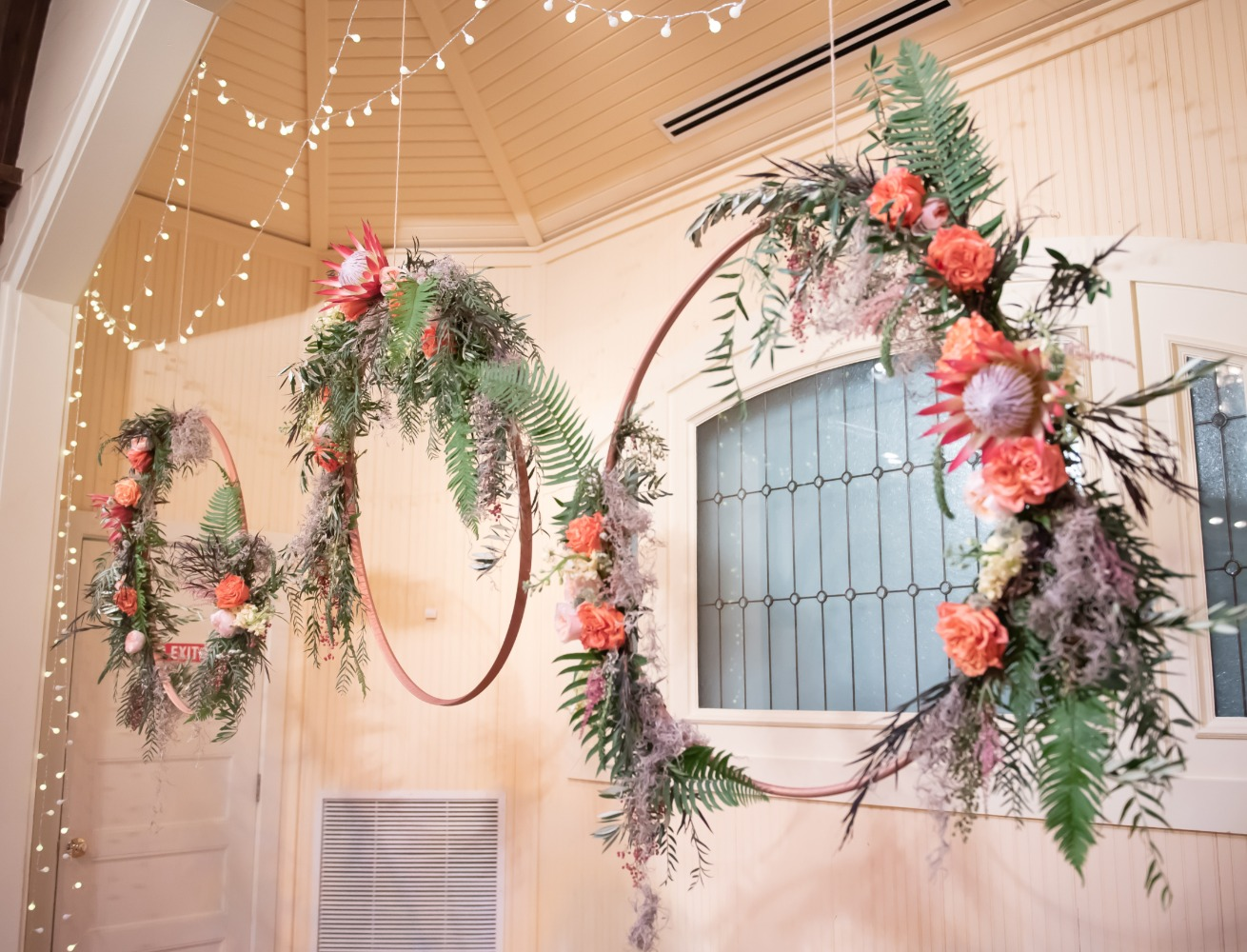 boho style tropical wreath backdrop