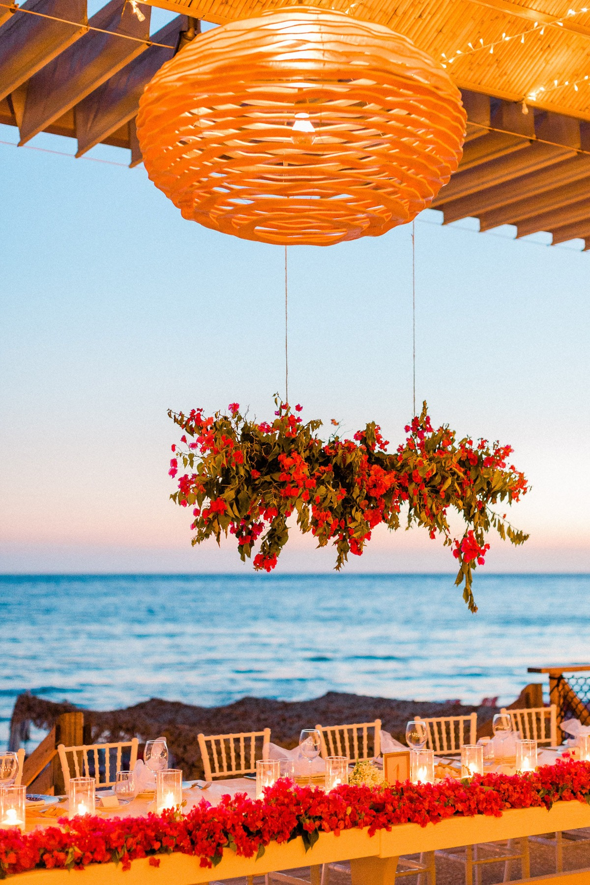 Romantic seaside reception in Greece