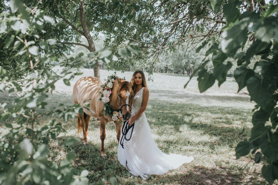 Wild Hill Flowers and Events Bride with Horse in Flower Garland