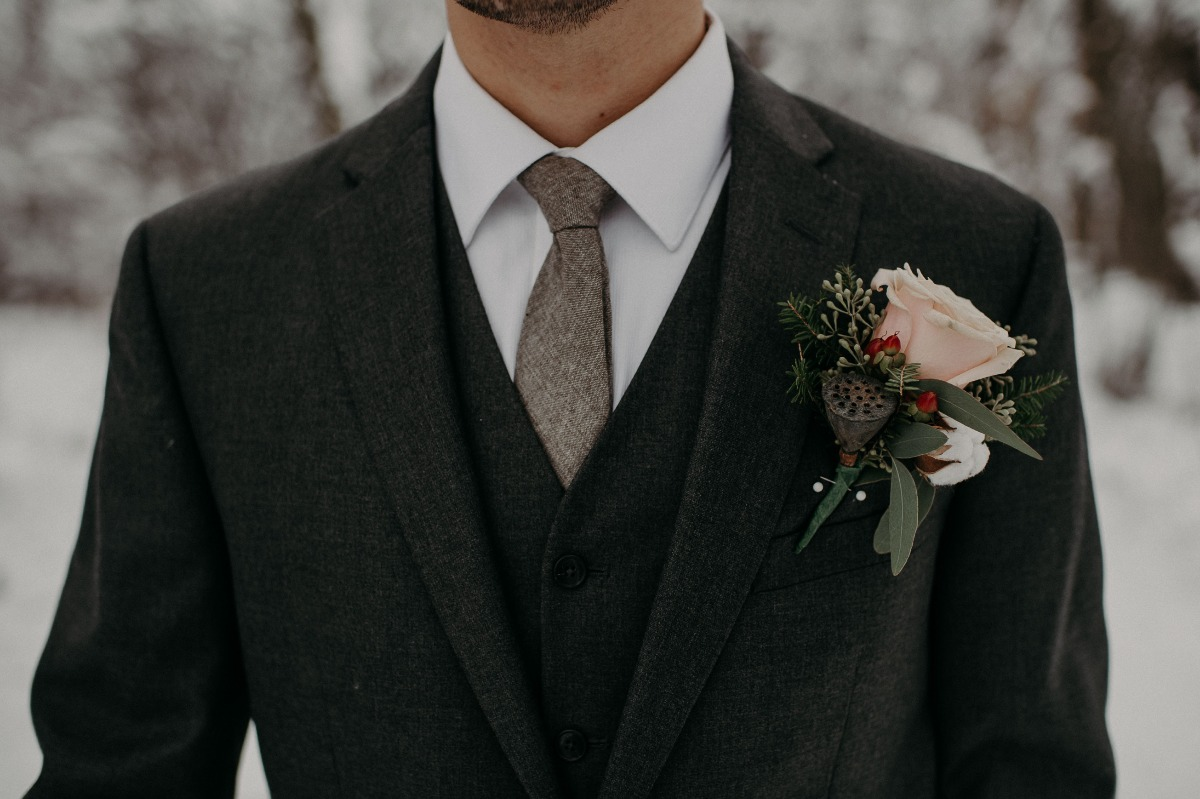 winter groom boutonniere