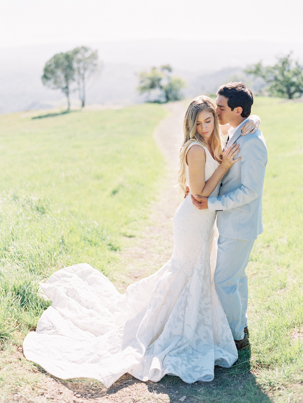 romantic summer wedding portraits