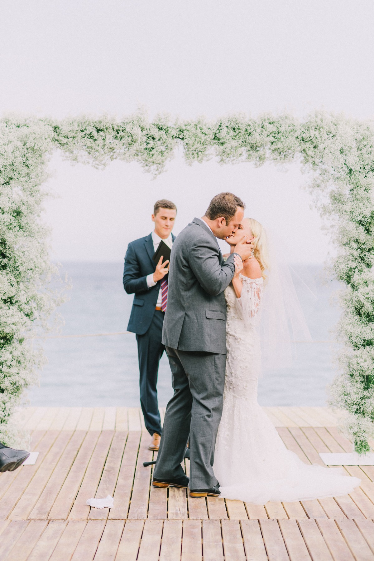 Beautiful seaside ceremony in Greece