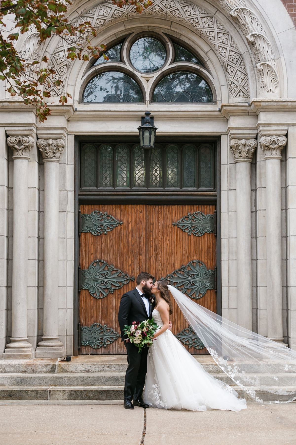 wedding couple in Chicago