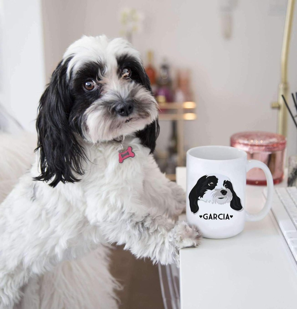 This Custom Pet Portrait Mug is the best gift you can give the pet lover in your life! Whether it's for the holidays or a gift for