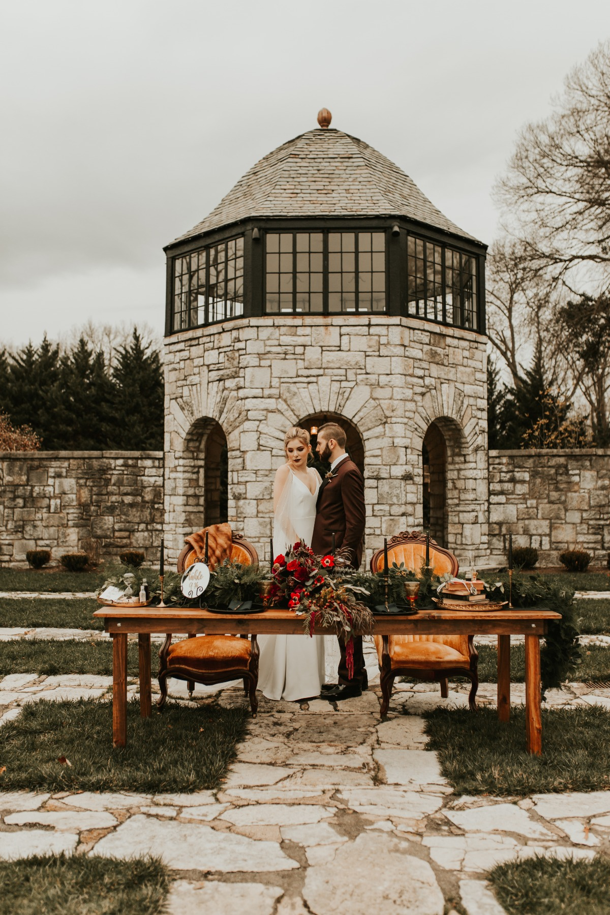 moody fall themed wedding ideas