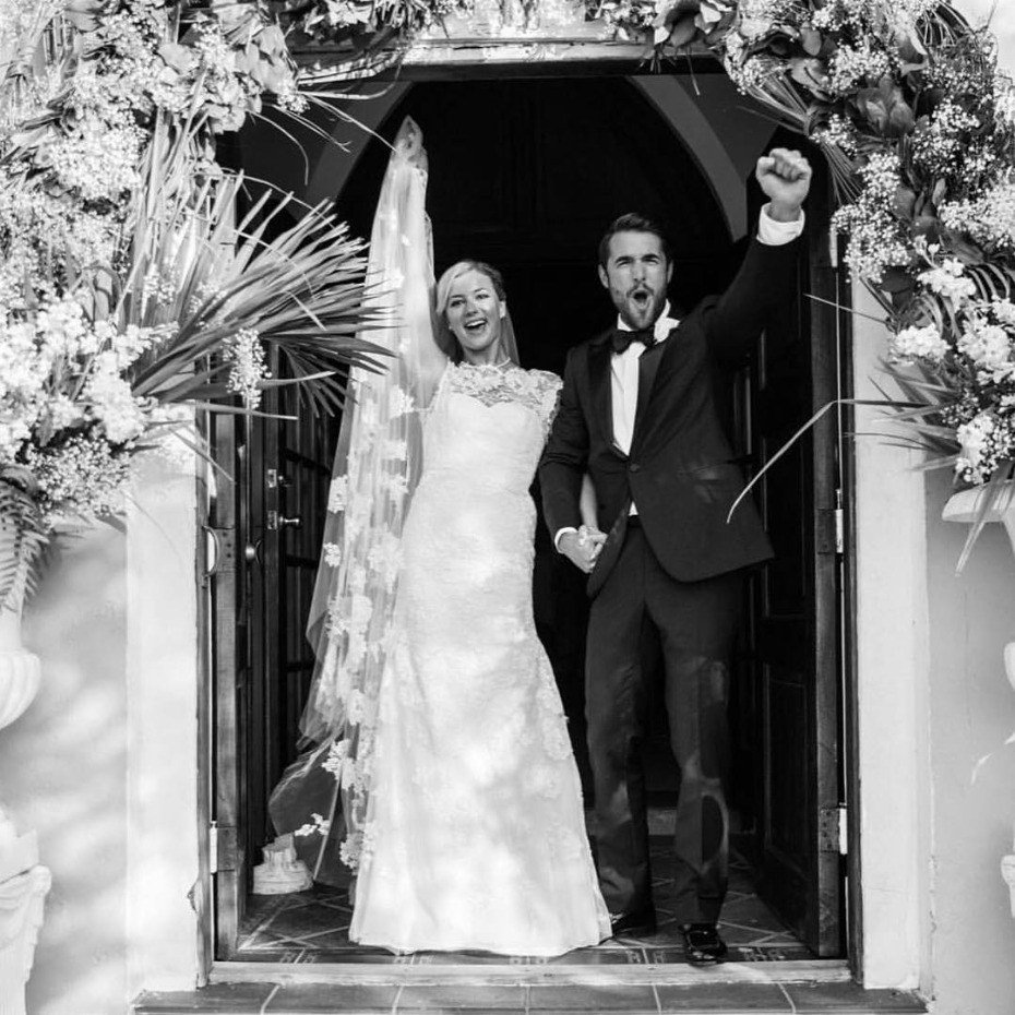 Emily VanCamp and Josh Bowman Just Married 12/15