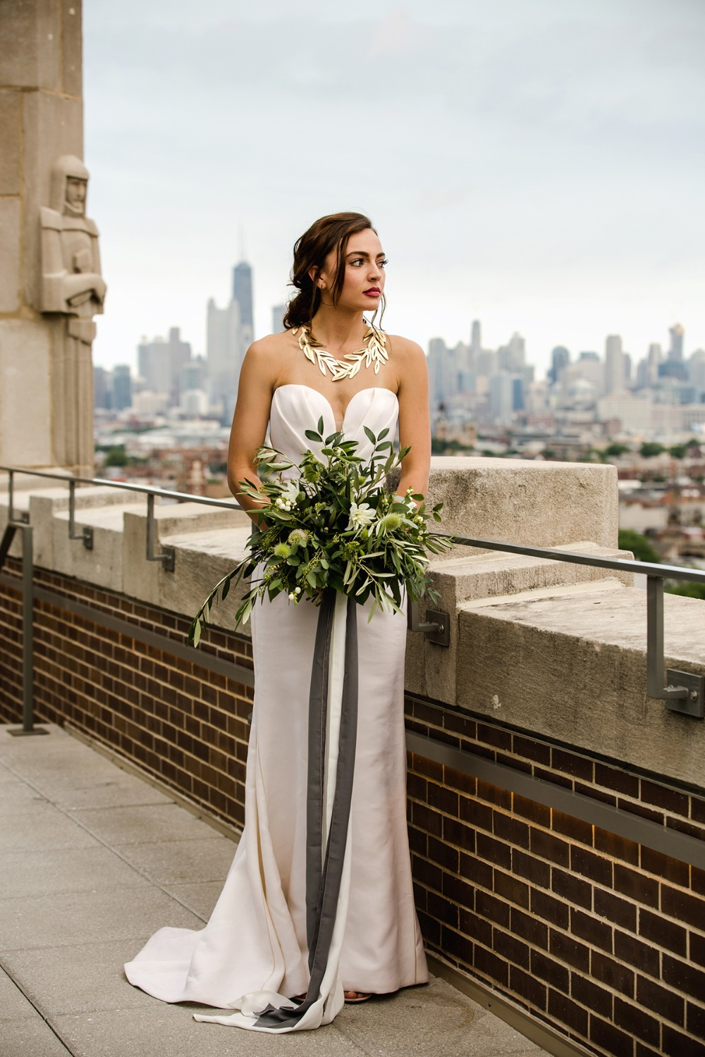 modern bride style with a vintage vibe