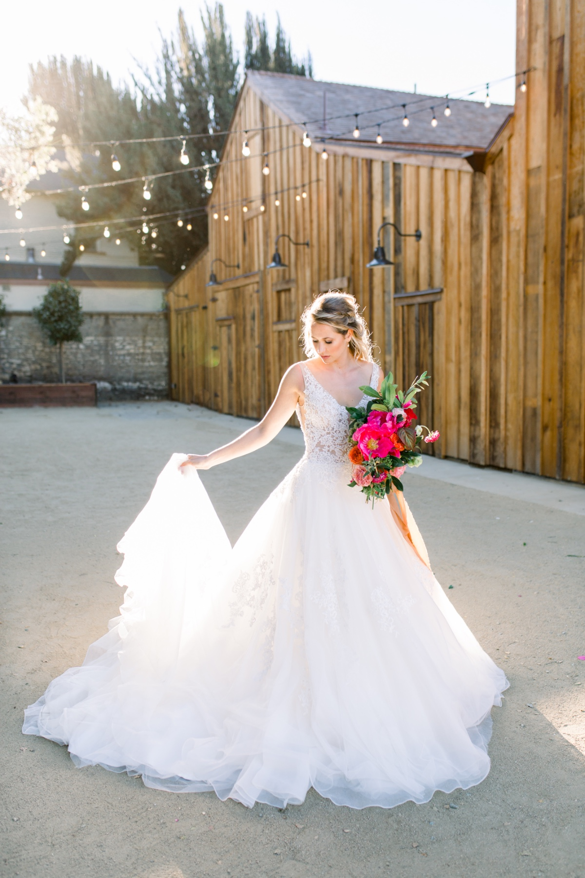 Full skirt wedding dress