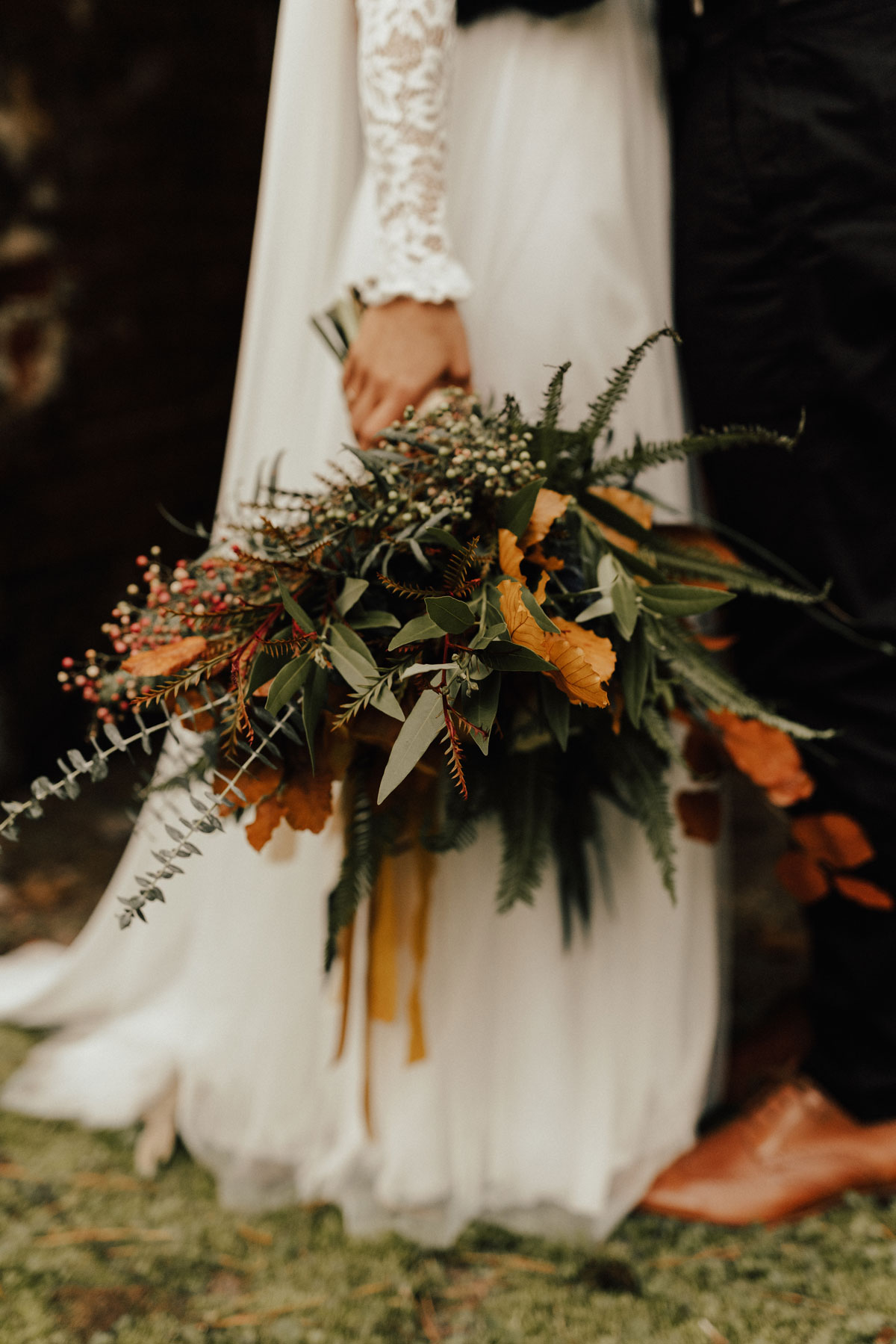 changing fall leaf wedding bouquet