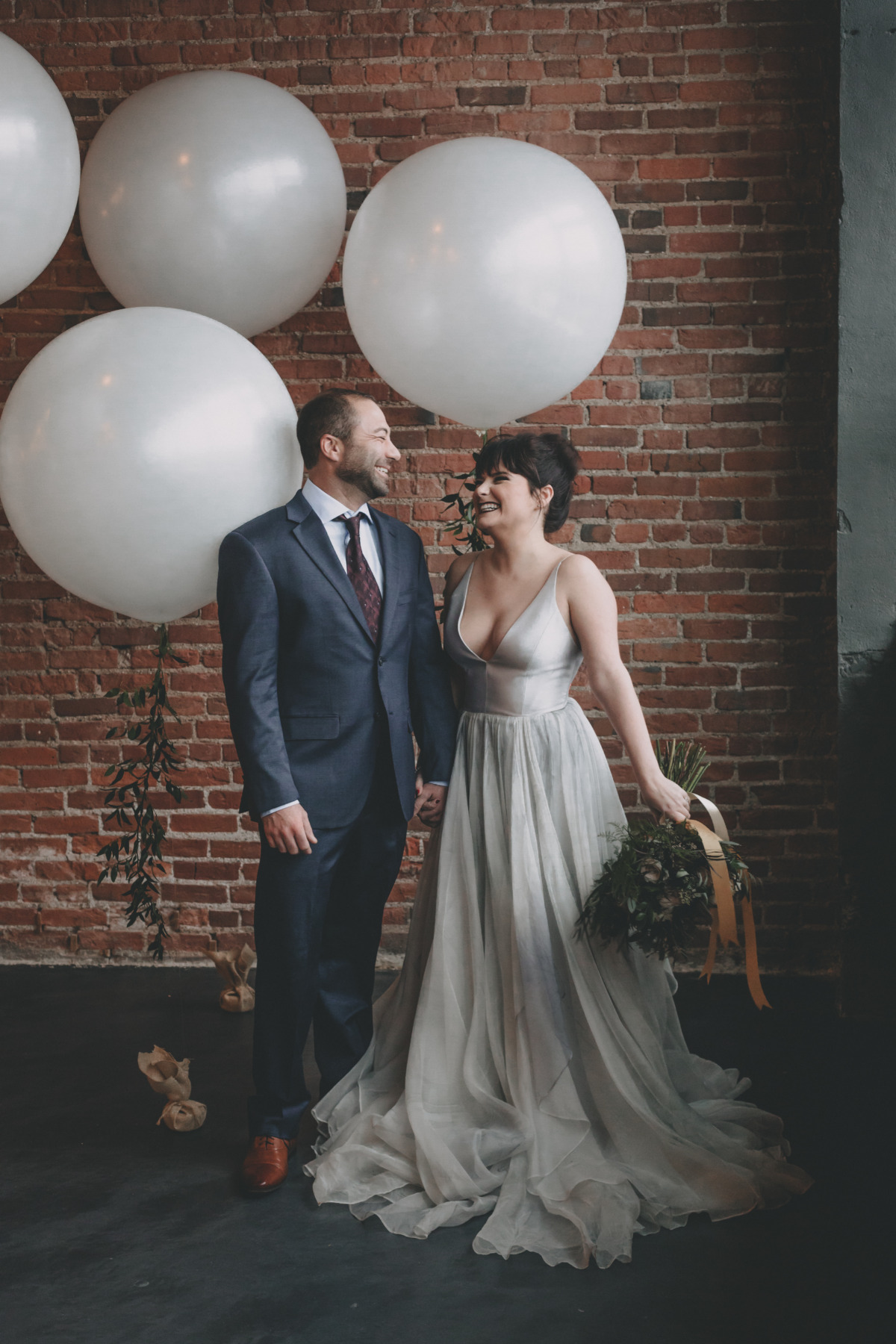 giant balloon wedding photo booth idea
