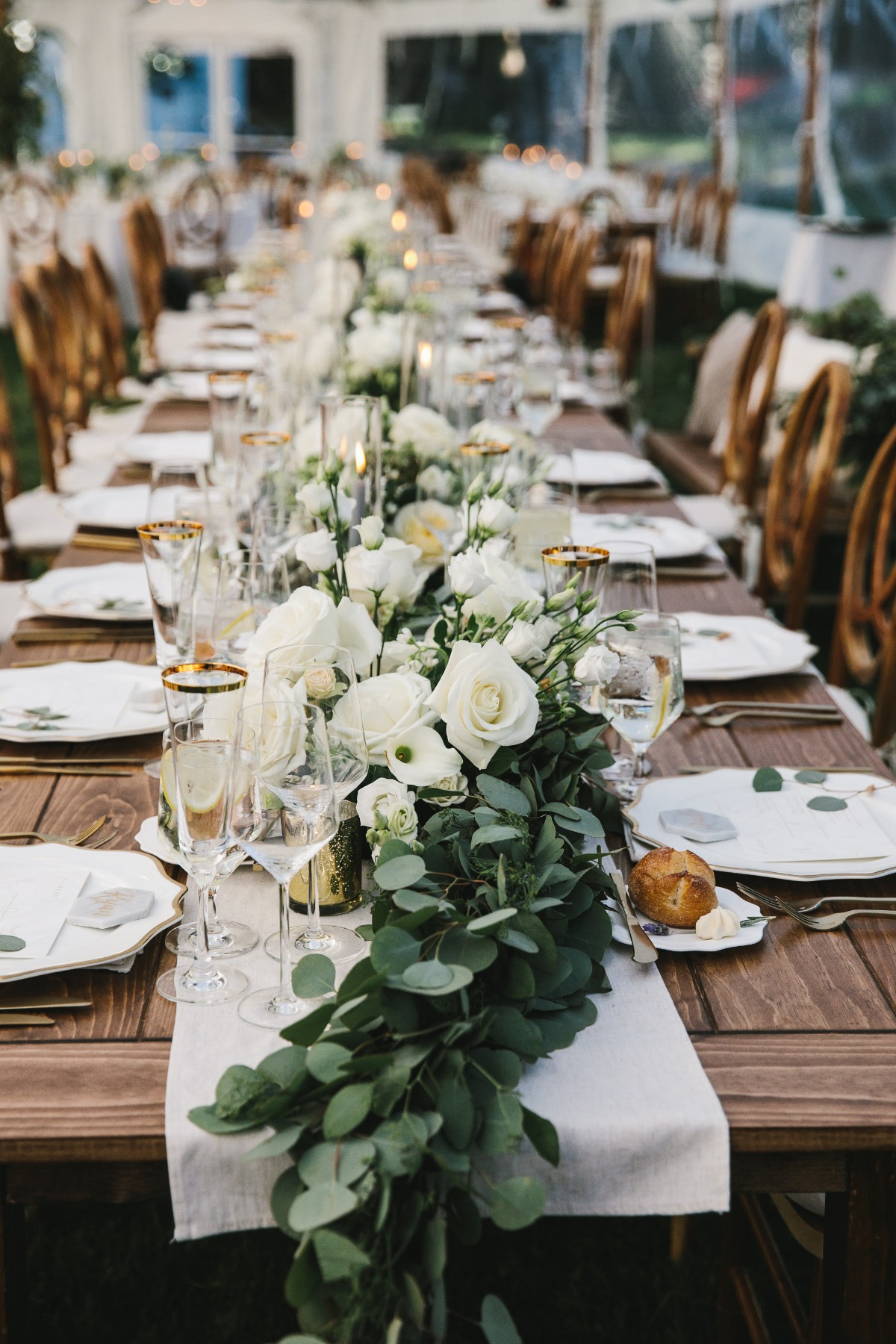 white and greenery floral table garland