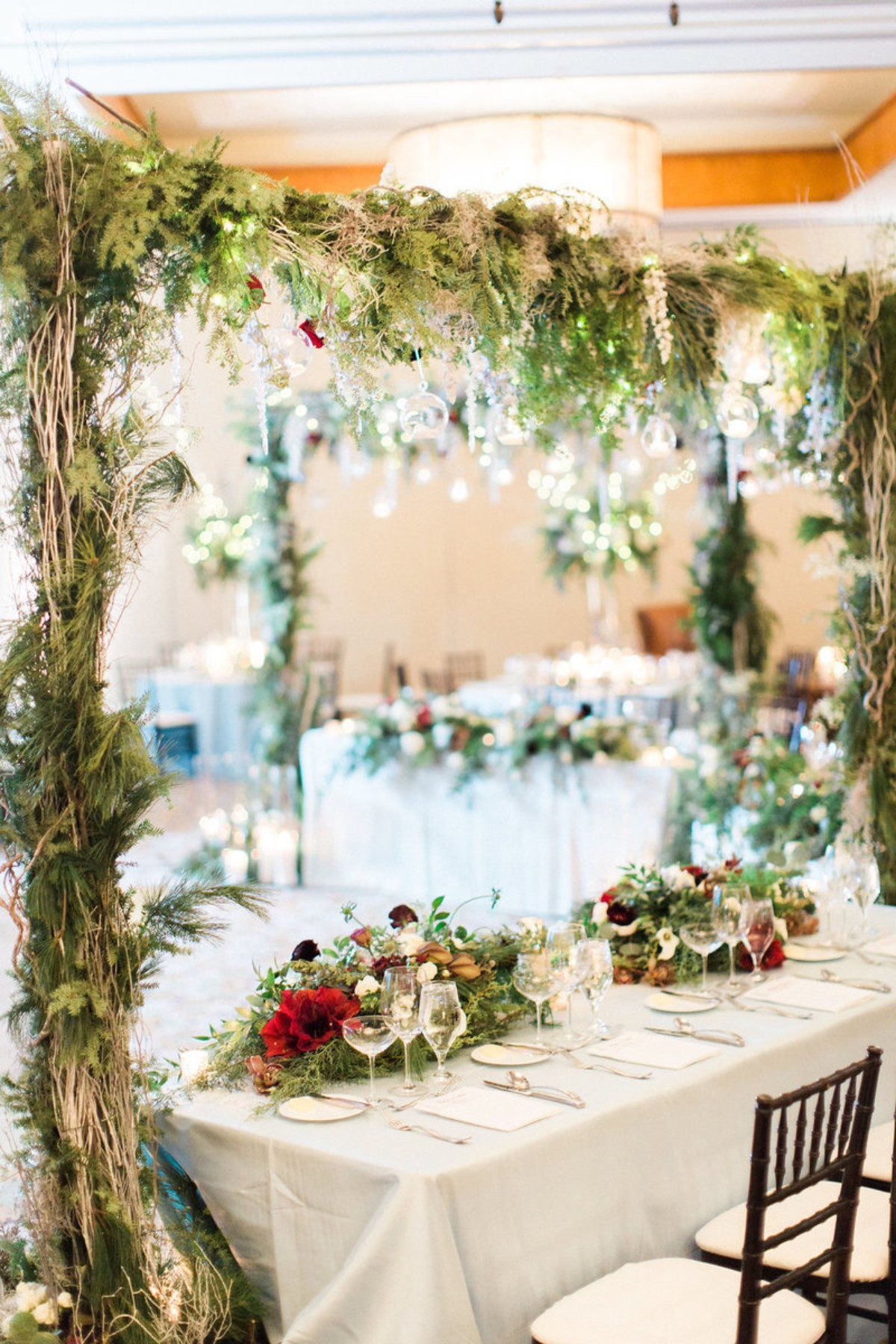Greenery for a winter wedding