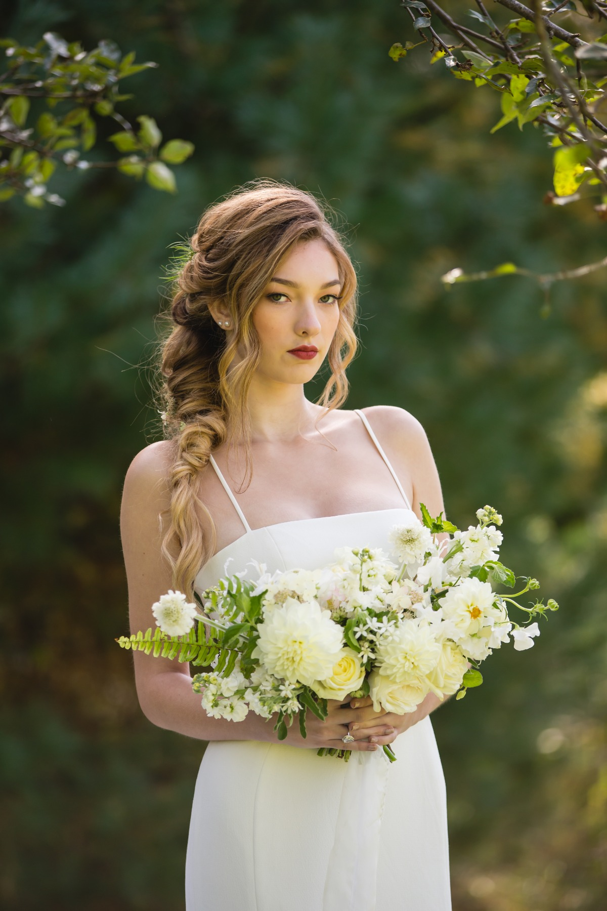 elegant and laid back wedding look