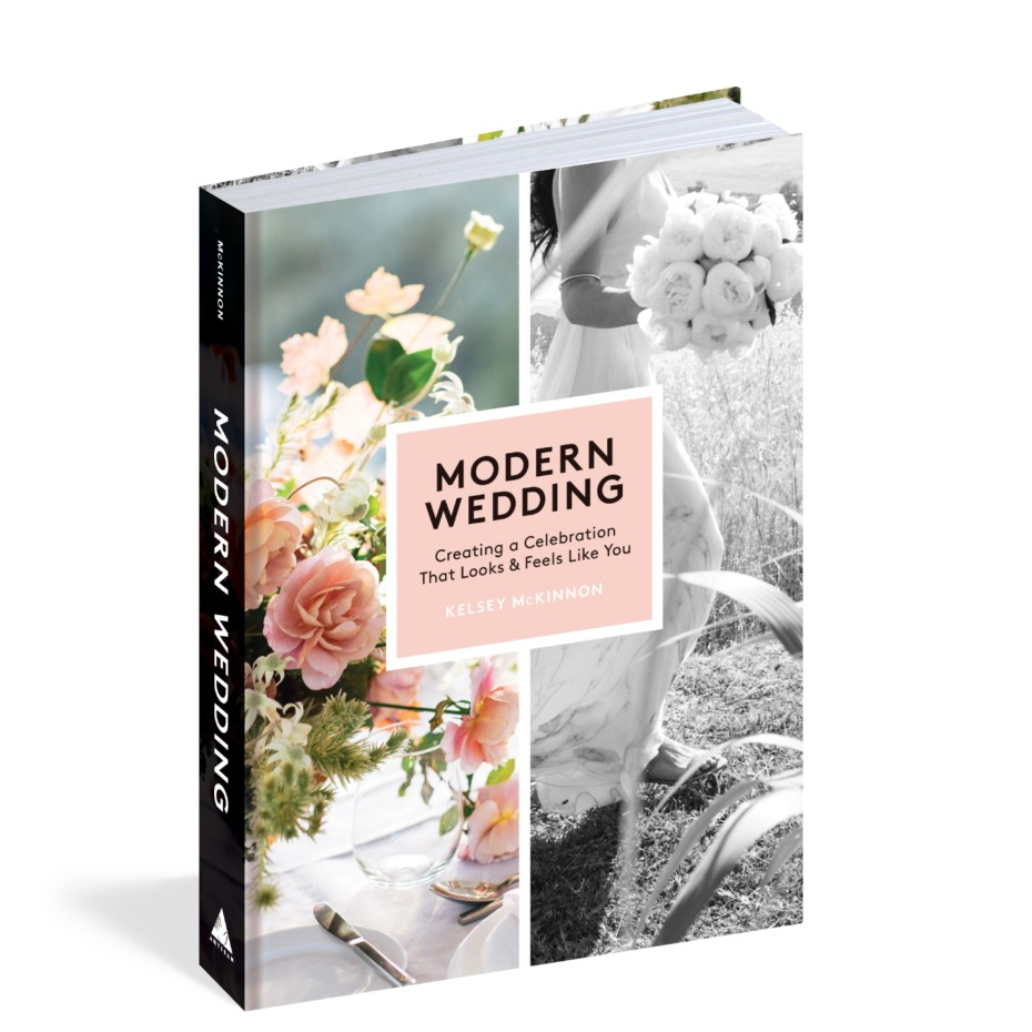 3D Cover of Modern Wedding