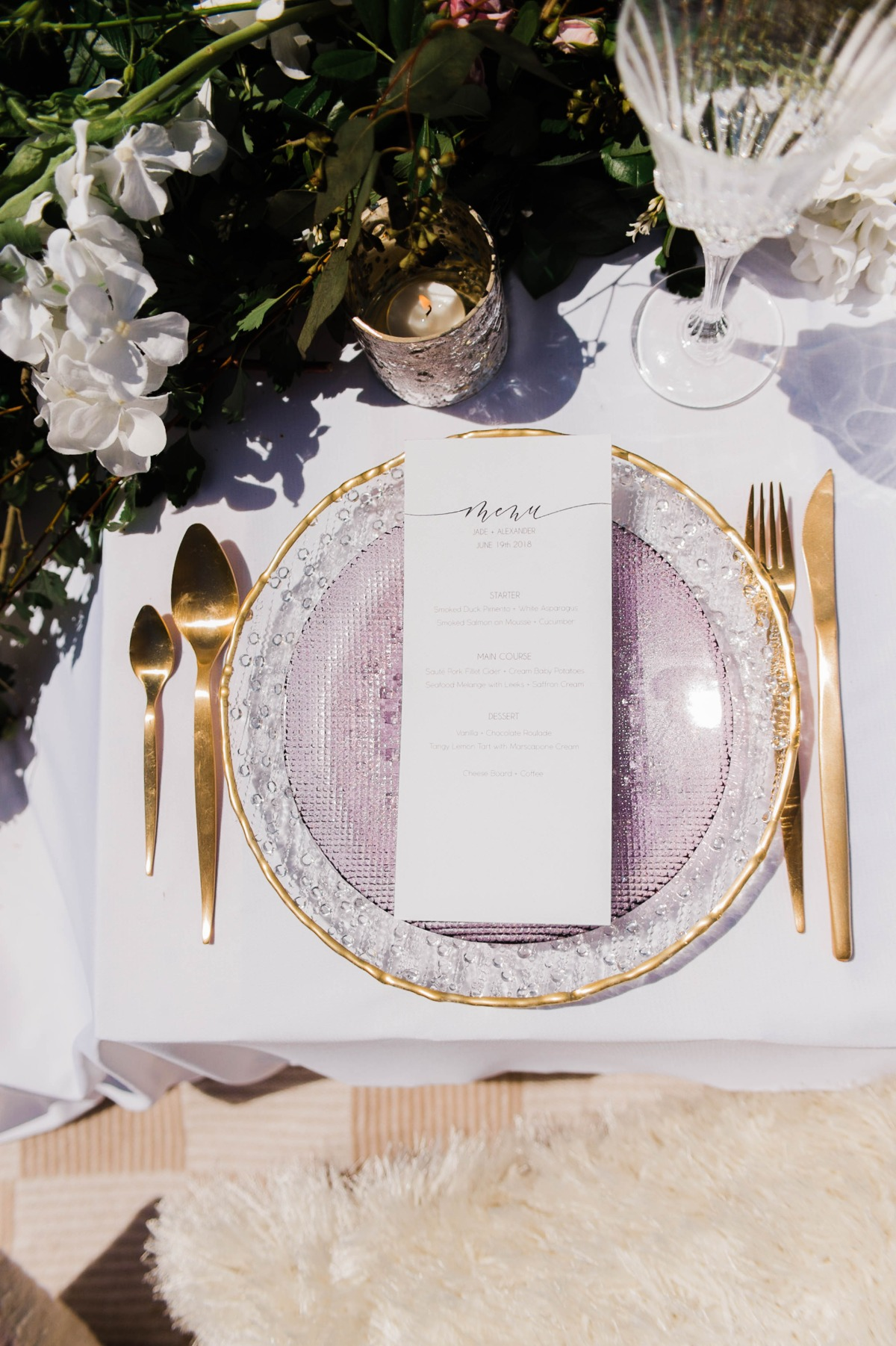 gold and lavender wedding place setting idea