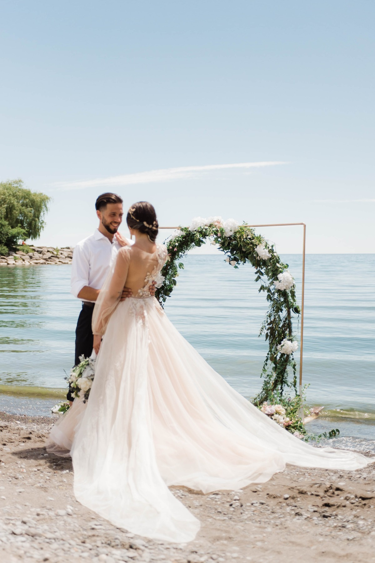 romantic beach wedding idea