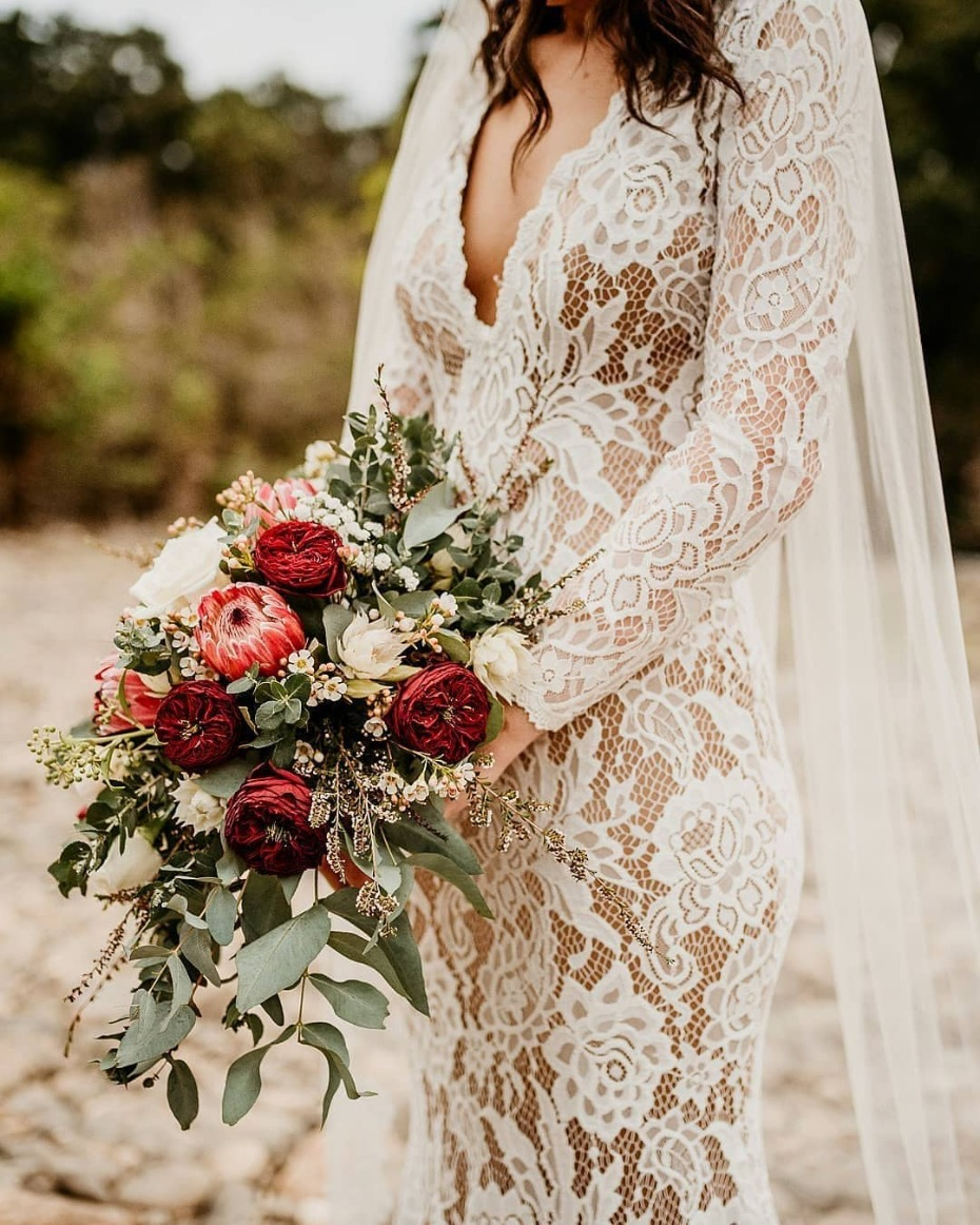 Allover lace gown photo by @therawphoto
