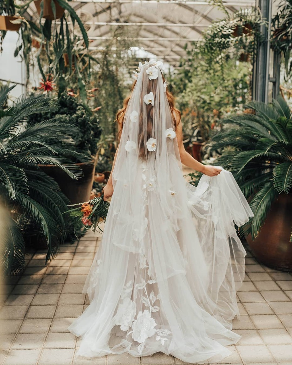 Statement veil on Willowby by Watters gown