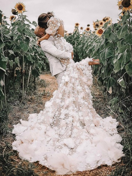 f15338195913 Gallery -  Gallery-17048-789574-romantic-and-timeless-elegant-dusty-and-blush-inspiration- wedding-shooting - 41
