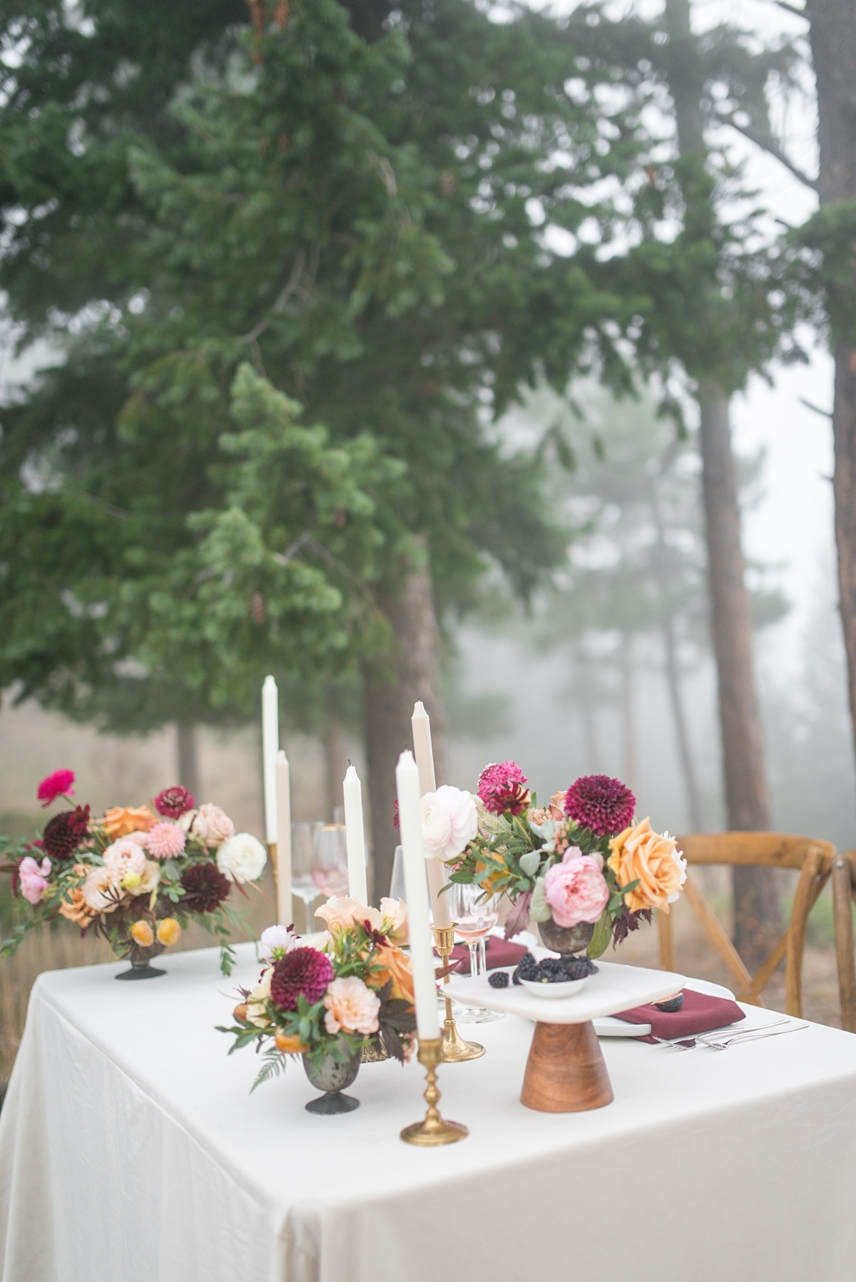 Sweetheart table in the mountains