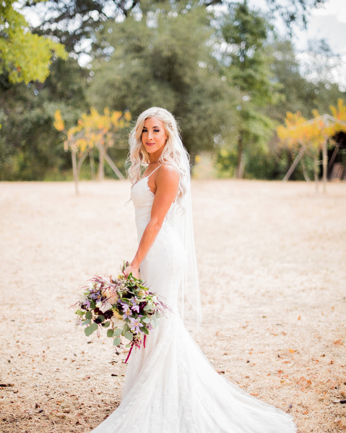 beautiful bride with beachy waves