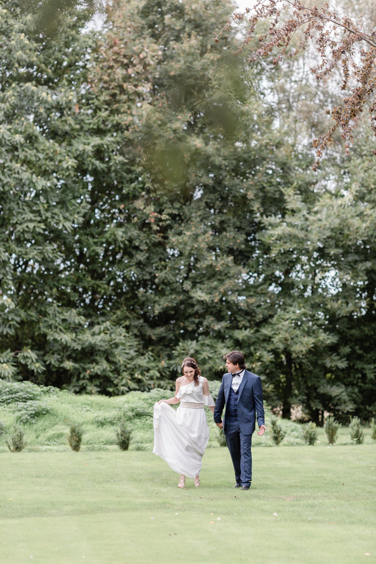 Classic wedding ideas at Kingsdown Rectory