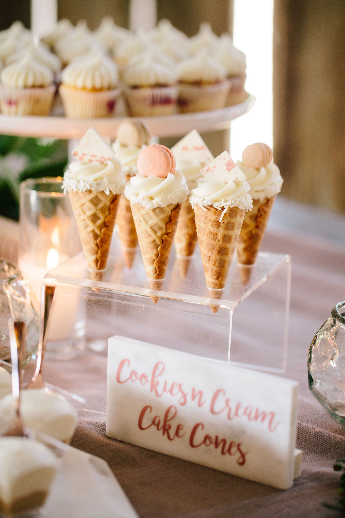 Wedding cake cones