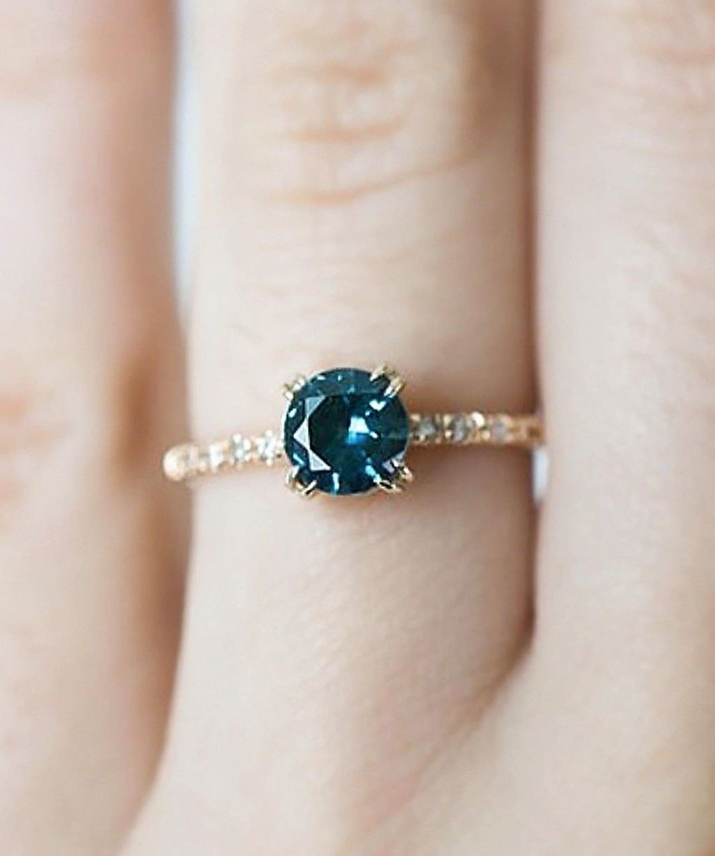 The Original Classic Teal Montana Sapphire & Diamond Classic Solitaire💙💚💙 It's doesn't get much better than these