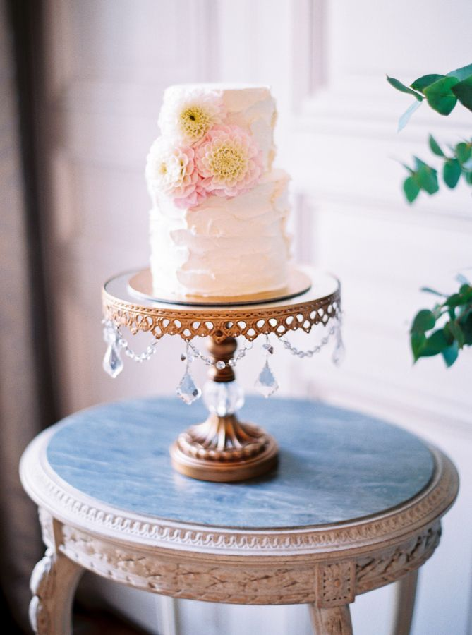 An intimate Parisian Affair... Textured Floral Wedding Cake by Synies on Opulent Treasures Antique Gold Chandelier Cake Stand... Wedding