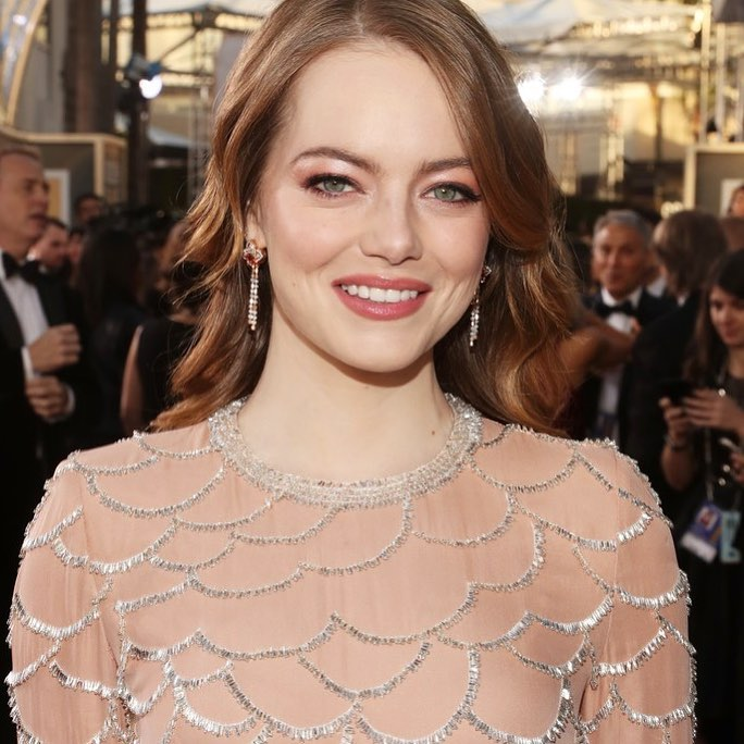 Emma Stone Golden Globes Beauty 2019