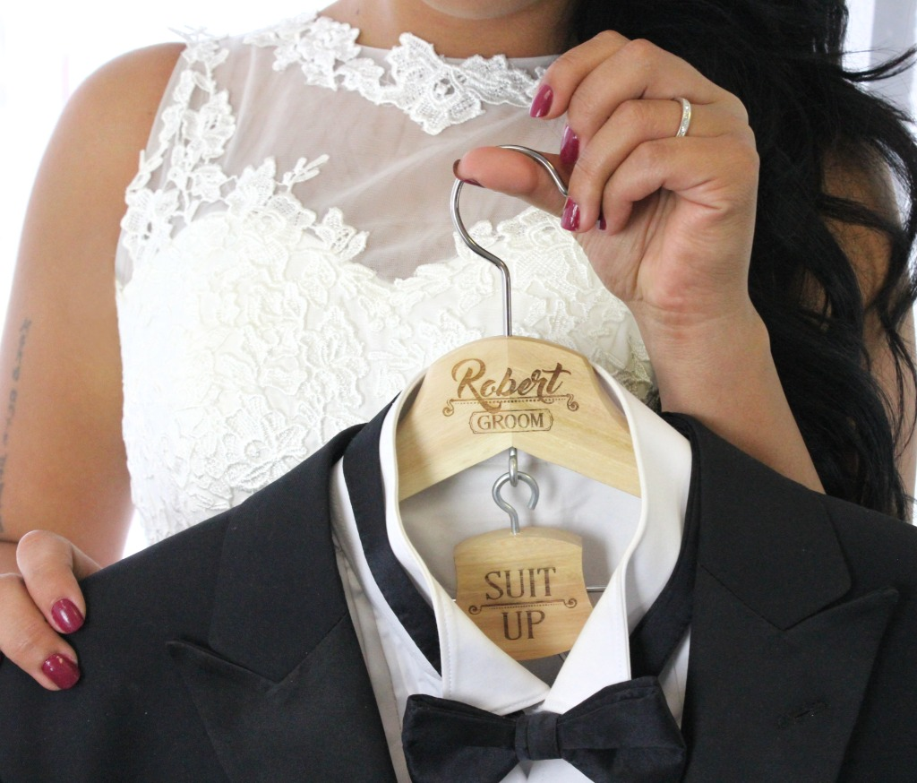 Groom's suit up hanger. Gifts for groom, groomsmen