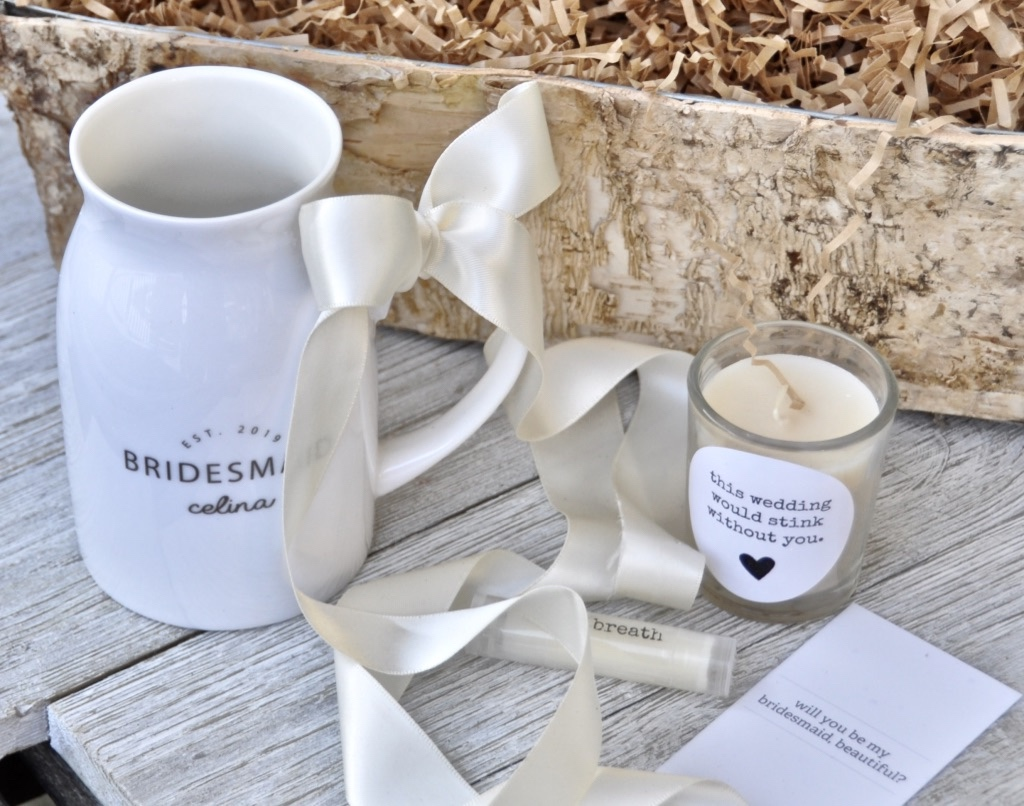 Personalized bridesmaid gifts with white glove service...ready to make your wedding even better!