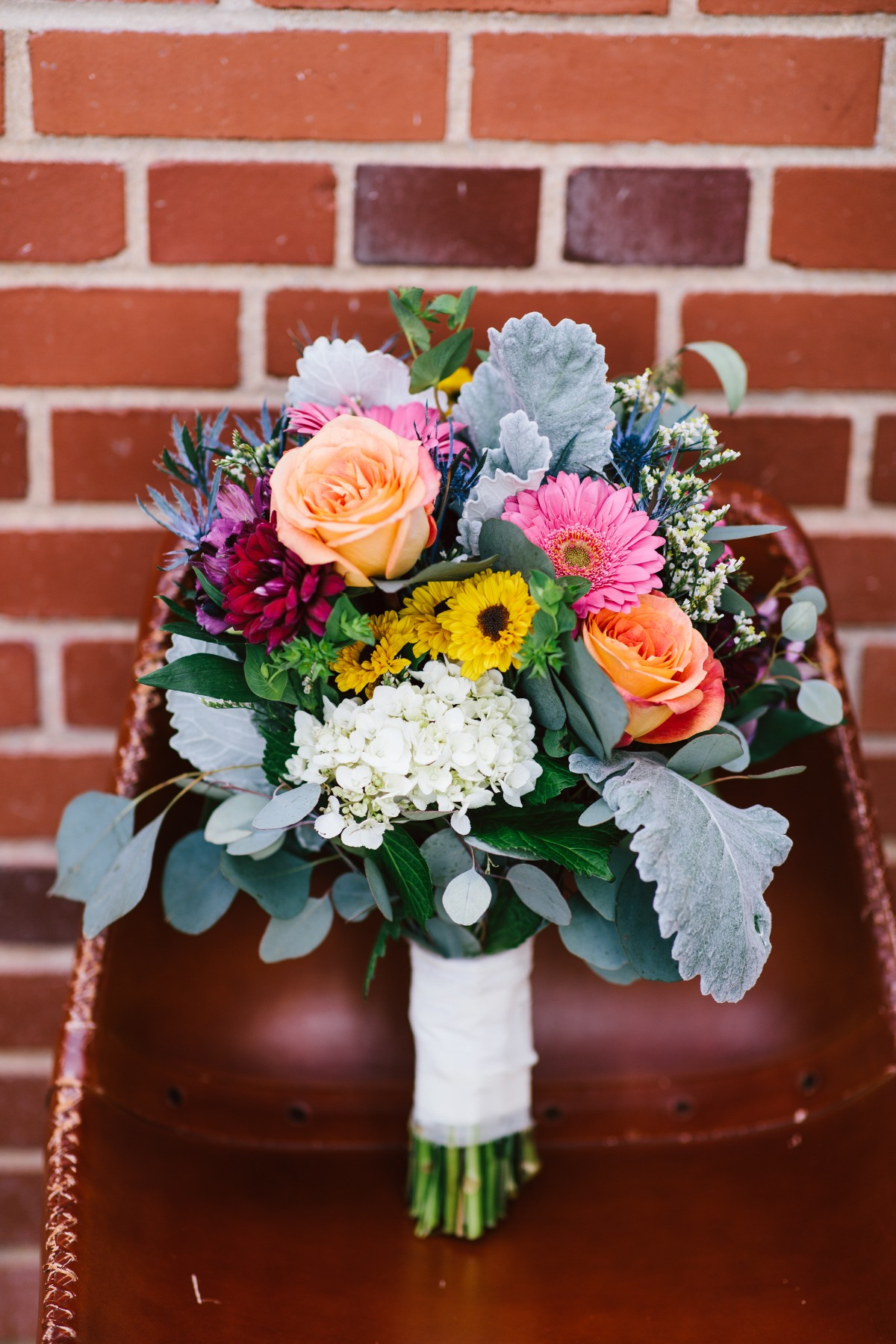 fun and funky wedding bouquet idea