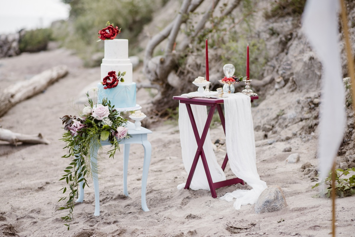 Beach wedding decor blue and burgundy