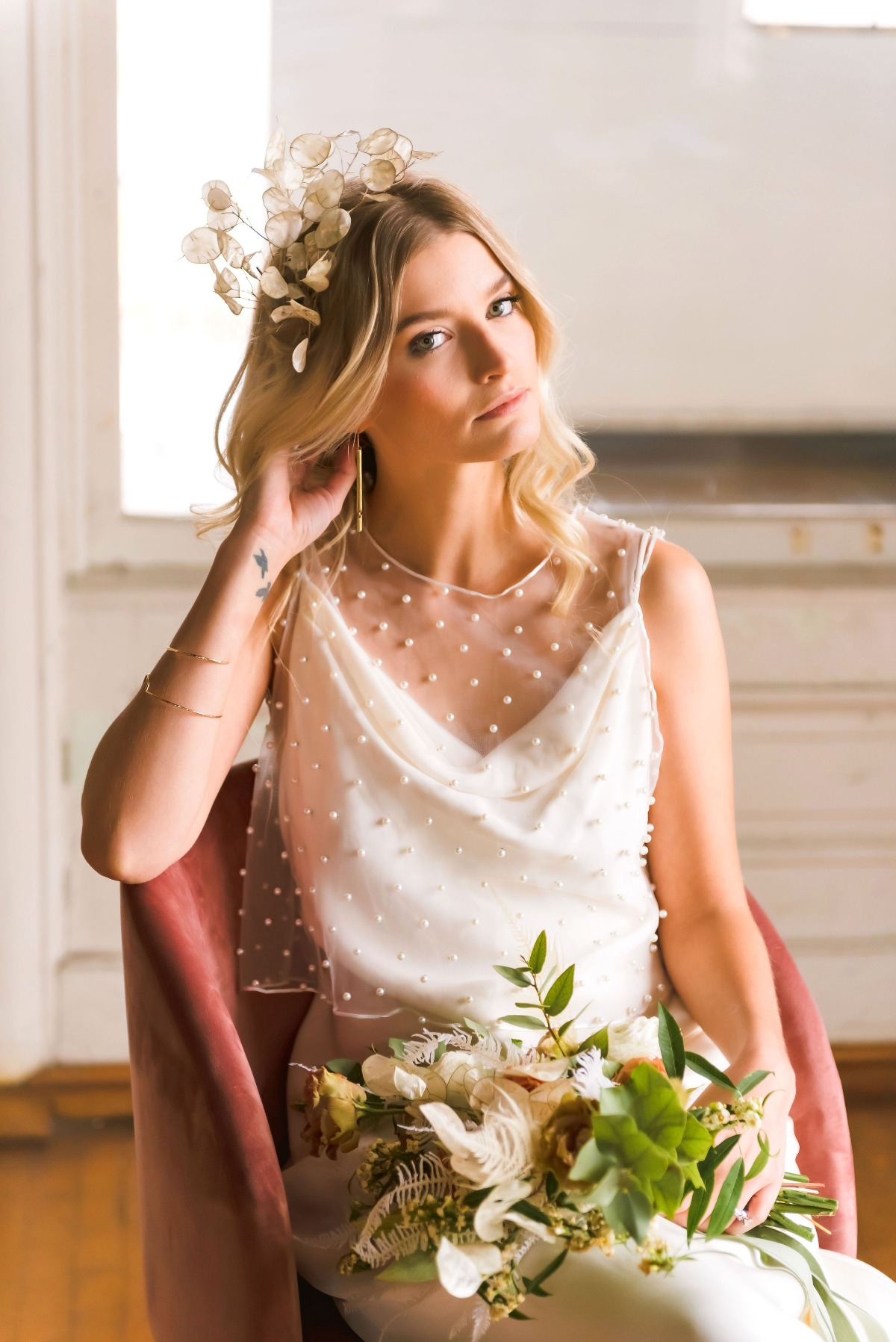 sweet and modern spring bridal style idea