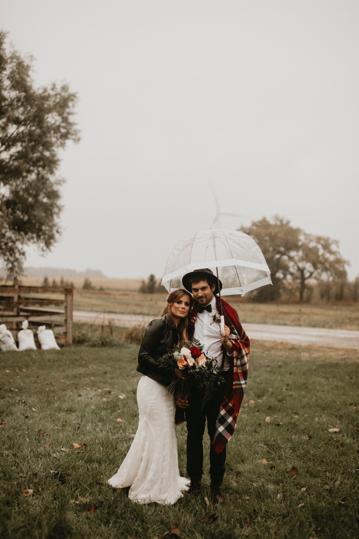 Fall wedding ideas in the rain