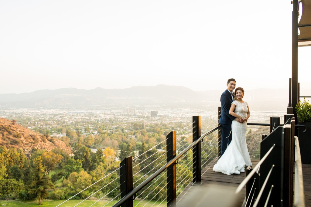 We can't get over the perfect views you can get from Castaway Burbank! It was a beautiful day for our couple's wedding.