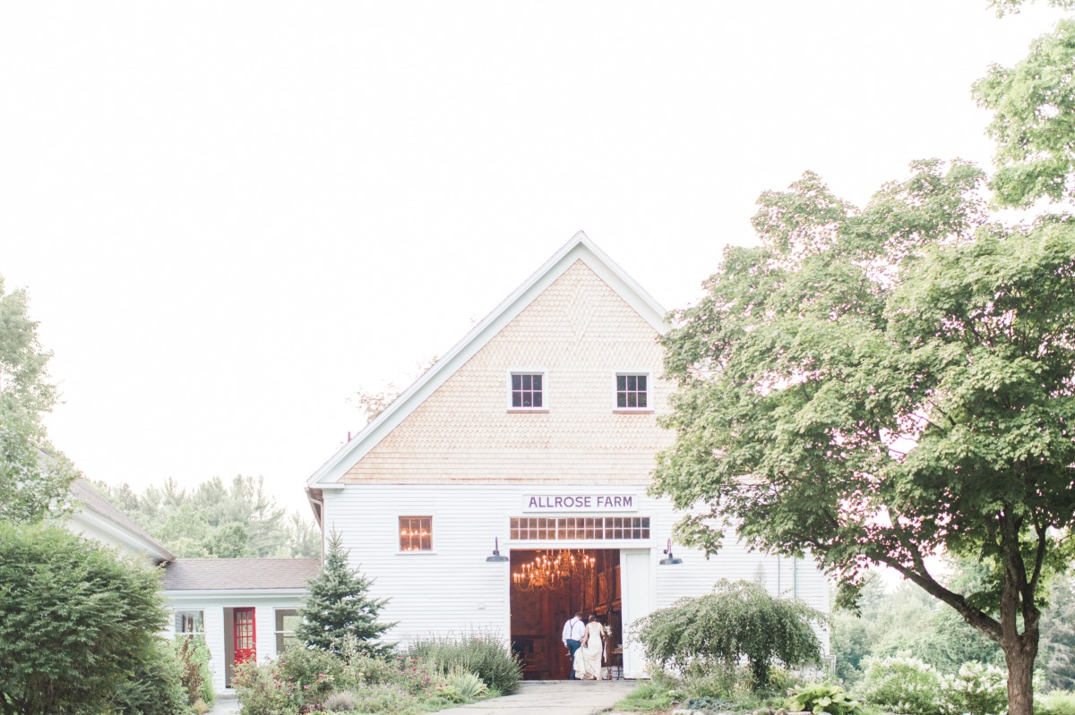 Allrose Farm barn wedding venue
