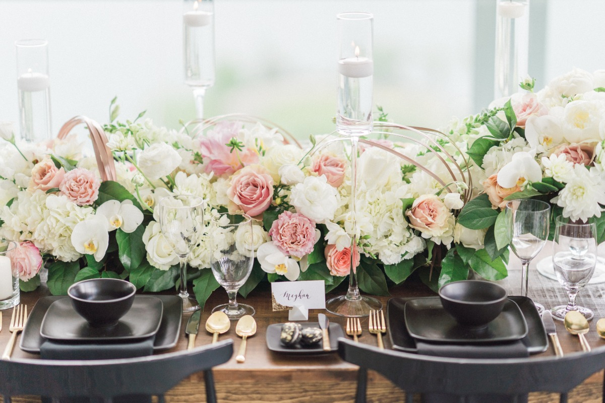blush black and gold wedding table decor