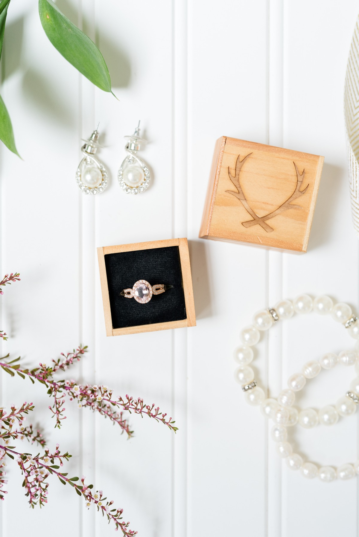 wedding ring and ring box
