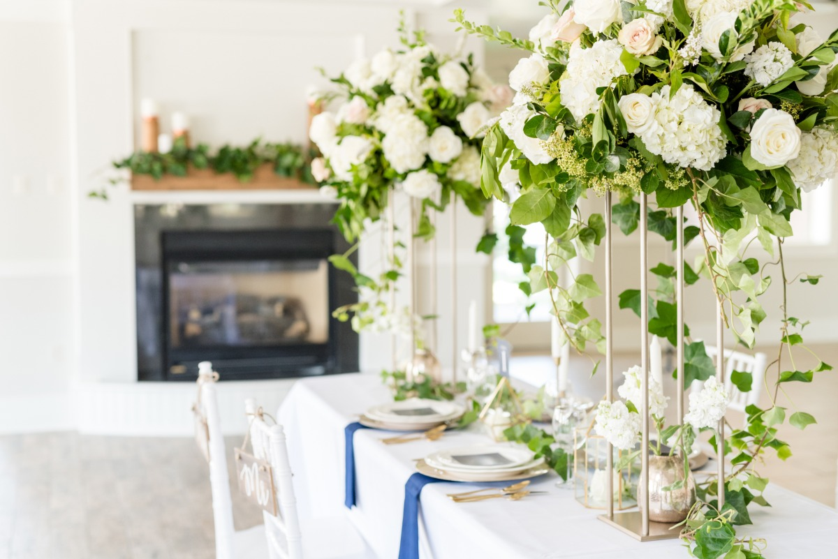chic white gold and blue wedding table decor