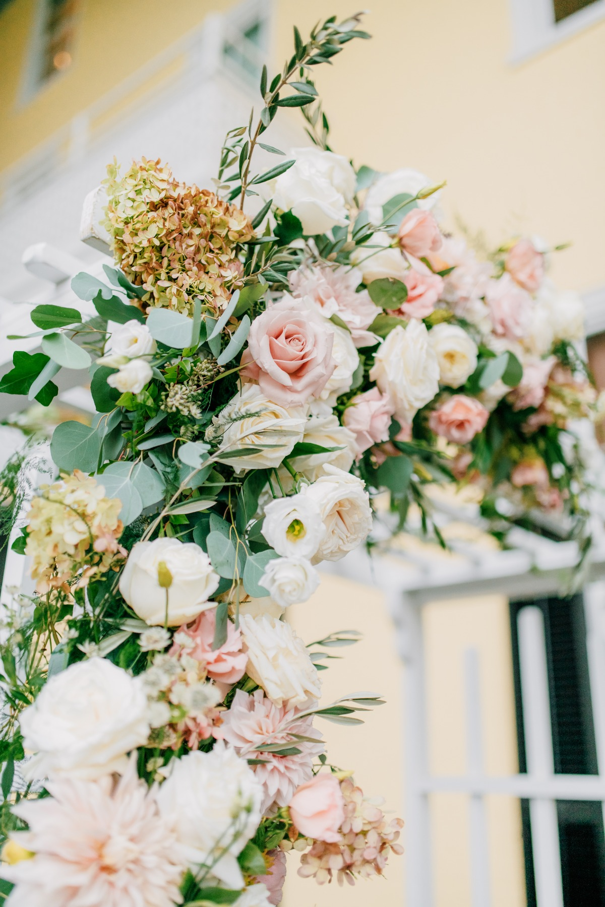 Wedding arbor florals