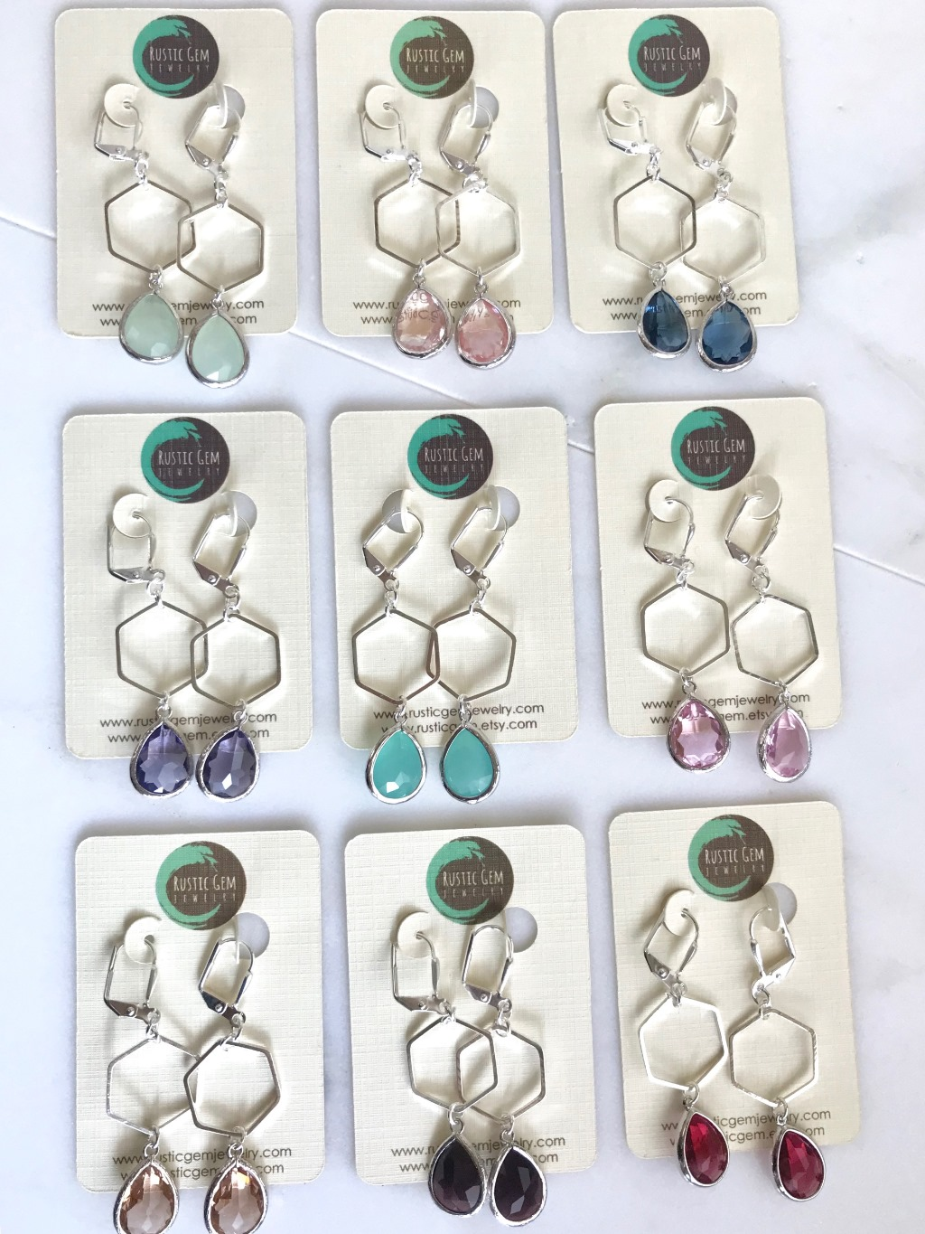 Lovely, simple and feminine! These earrings can dress up or down!