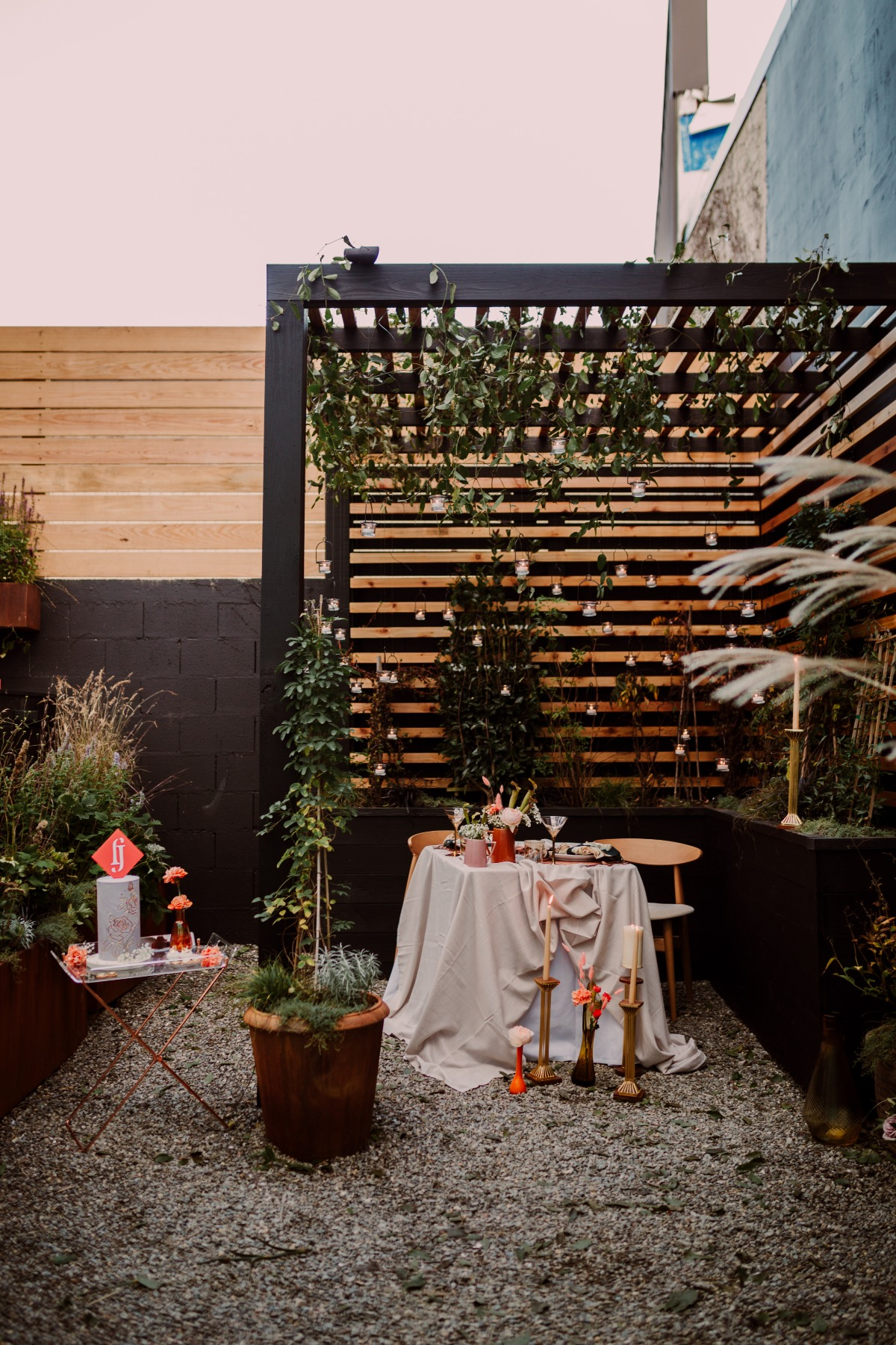 Backyard wedding design