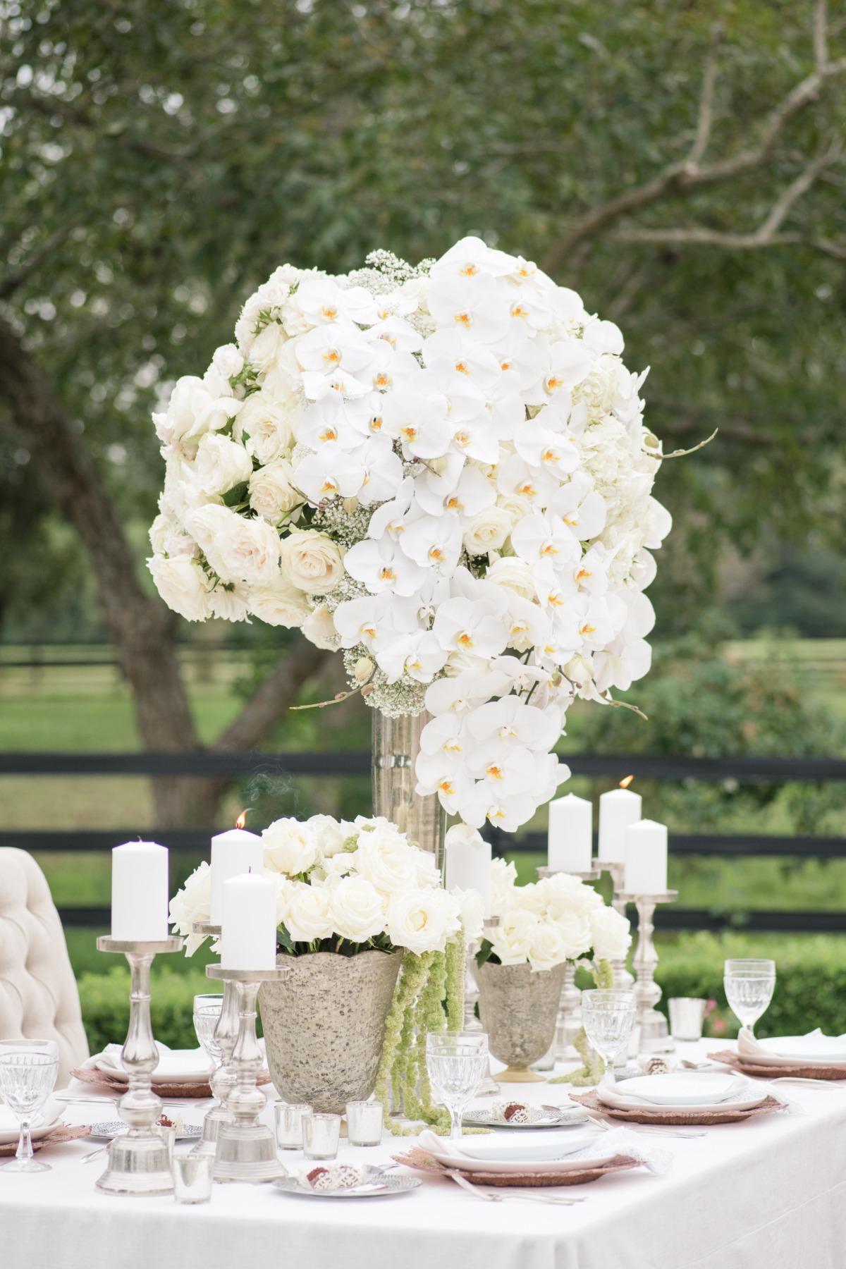 All-white wedding centerpiece