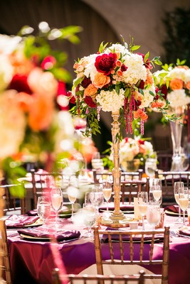 How to Have a Romantic and Fresh Citrus Wedding in Red