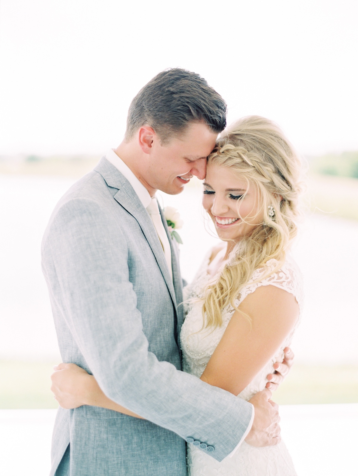 A Classic Blush And White Wedding In Texas
