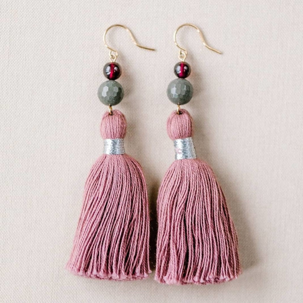 Beautiful blush! 💖 Everyone's got a favorite tassel color from our new collection, and this one is Betsy's! When I showed her this